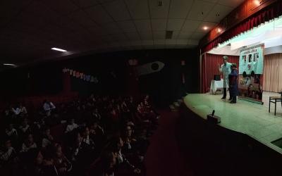 "Primaria: Teatro en Inglés: ""Dr. Jeckyll, don't Hyde""."
